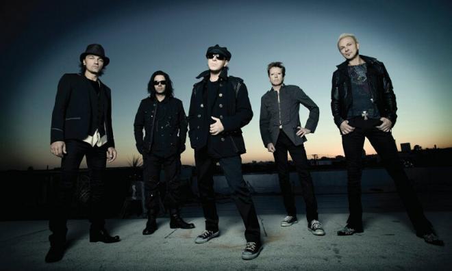 Οι Scorpions ήταν ανέκαθεν και παραμένουν ένα από τα πιο αγαπημένα συγκροτήματα των Ελλήνων ροκερς και μη, ενώ οι ζωντανές εμφανίσεις τους στην Αθήνα σχεδόν ανά χρόνο είναι πάντα εντυπωσιακές.